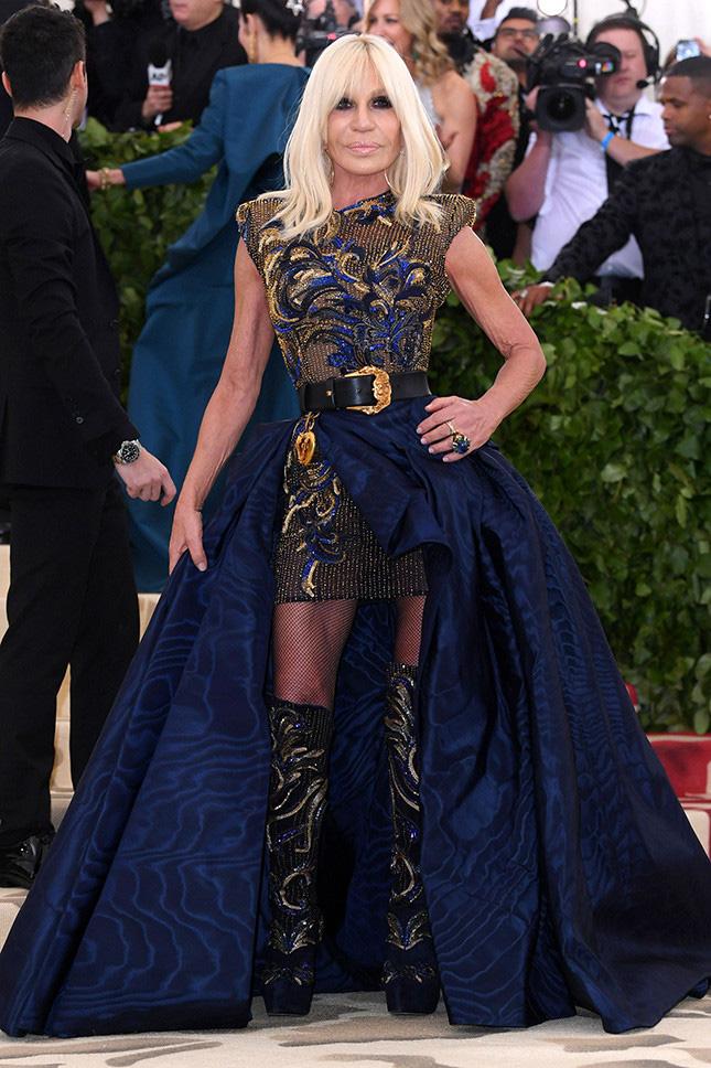 Донателла Версаче, Versace