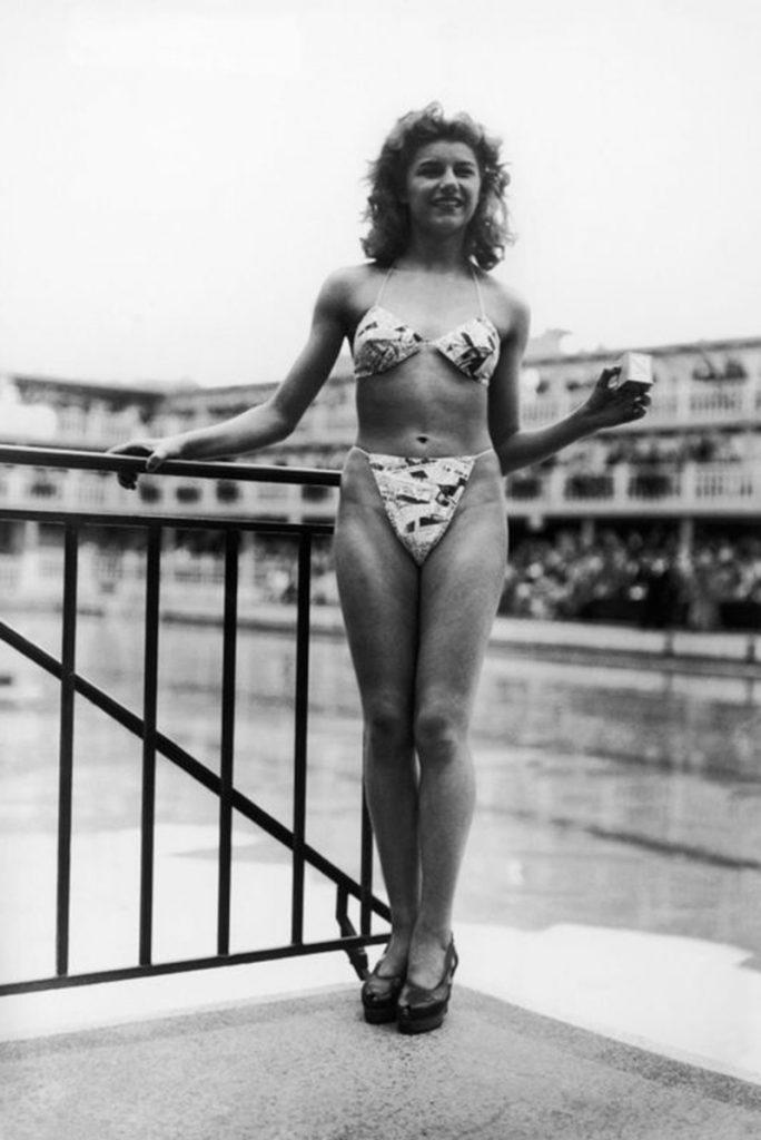 Мишель Бернардини в бикини, 1946