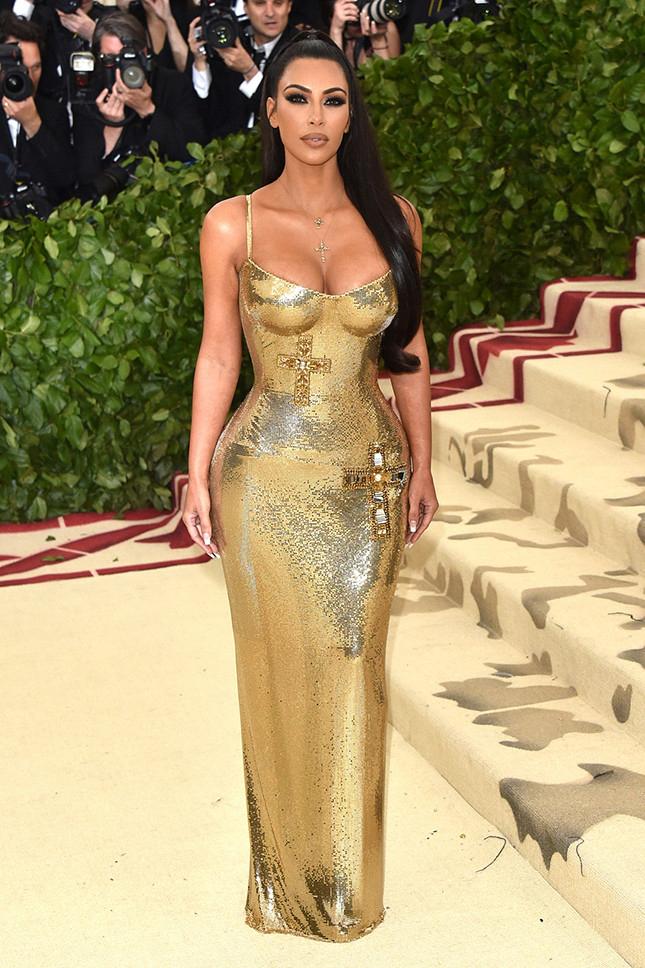 Ким Кардашьян, Versace