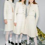 Время белого на показе Chanel Haute Couture 2020