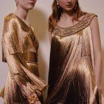 Греческие богини и жидкое золото на показе Dior Couture