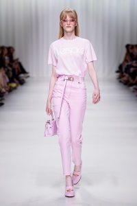 розовый цвет Versace