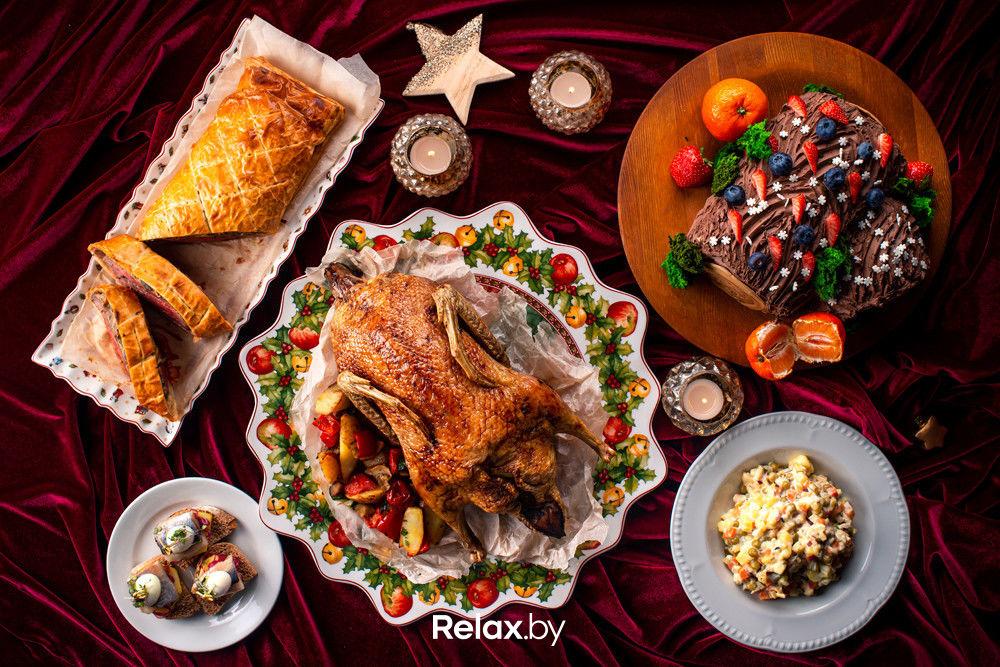 Как накрыть новогодний стол за 10 минут. Появился удобный сервис заказа готовых праздничных блюд из заведений Минска 1